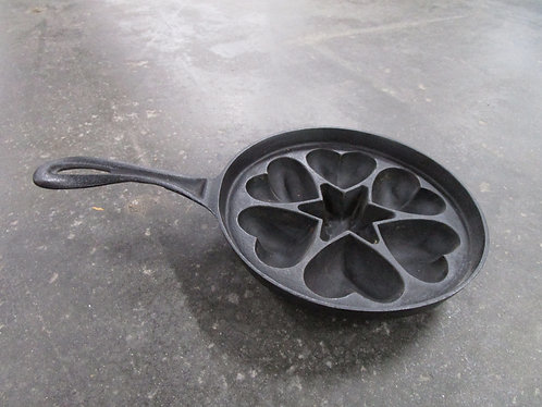 Cast Iron Hearts and Star Baking Pan Skillet