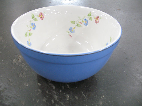 Vintage Hall's Made in USA Floral Mixing Bowl
