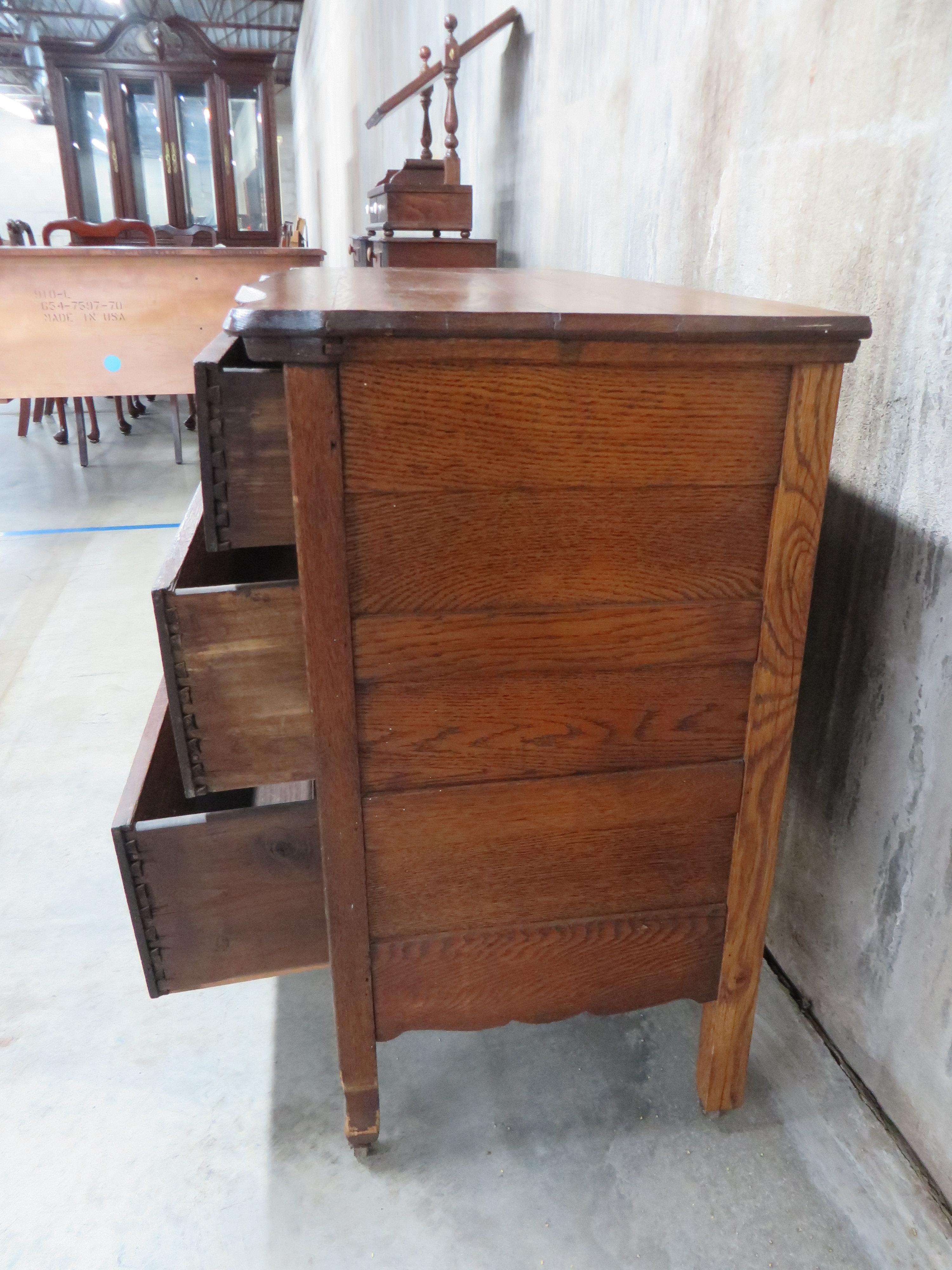 Antique Tiger Oak 2 Over 2 Drawer Dresser