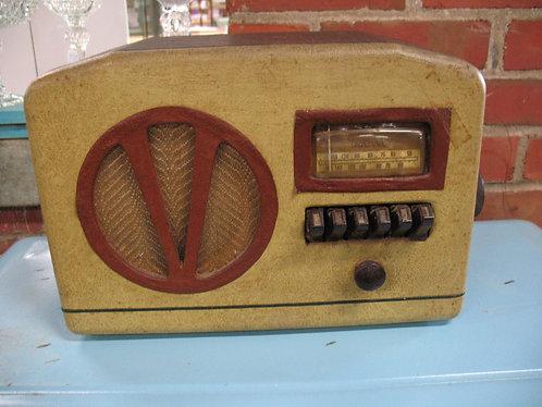 Vintage True Tone Electric AM Tube Radio