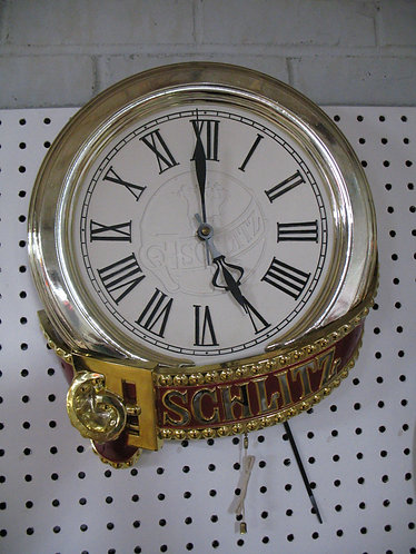Vintage Schlitz Lighted Electric Wall Clock