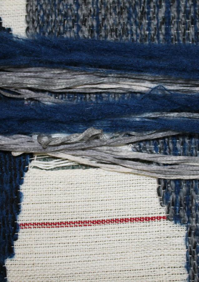 Thick and thin yarn