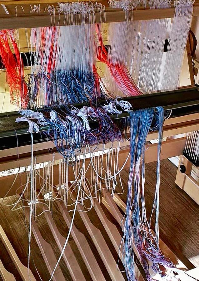 Threading up