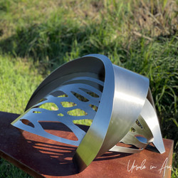 06 Jen Mallinson Metal Sculpture iPhone_7428