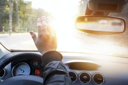Sun glare dangerous in car