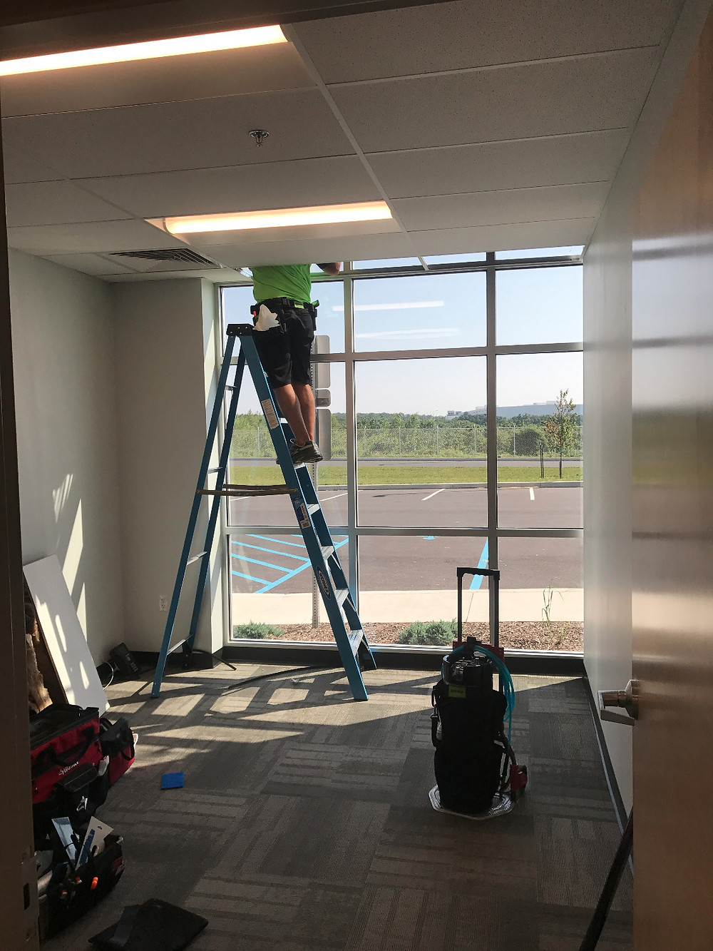 Tinting upper windows in office