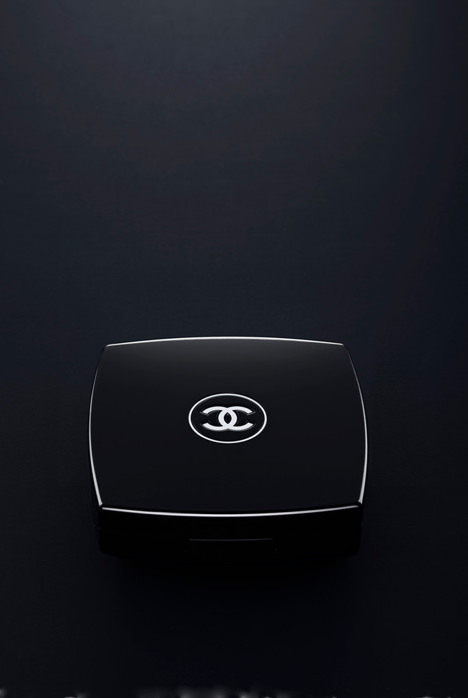 2011_11_Cosmeto+Chanel+focus.jpg