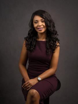 Dr. Carine Ferreira