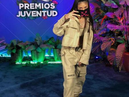 VF7 en Premios Juventud 2020