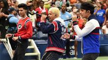 CNCO alborota la cancha del US Open
