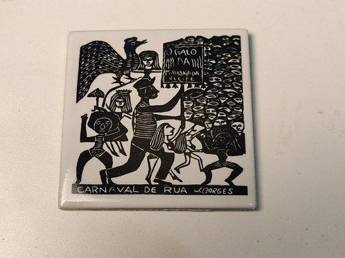 """Azulejo com xilogravura """"Carnaval de Rua"""" do Mestre J.Borges 7,5x7,5cm"""