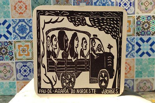 Tamborete com xilogravura de J.Borges
