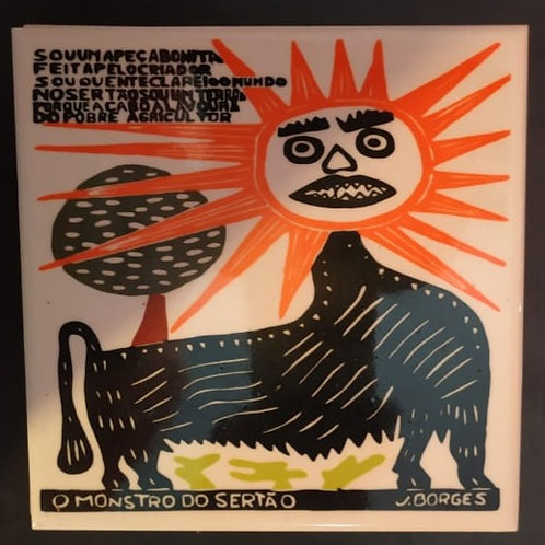 """Azulejo com xilogravura """"O Monstro do Sertão"""" do Mestre J.Borges 15x15cm"""