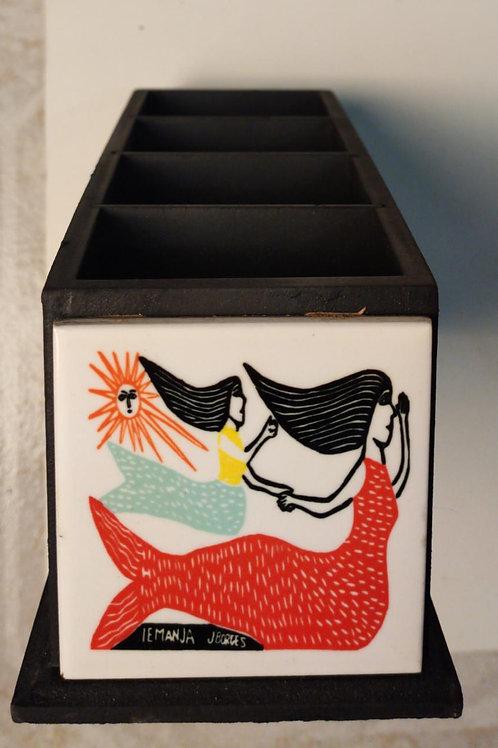Porta Controle 04 compartimentos com xilogravura do mestre J Borges