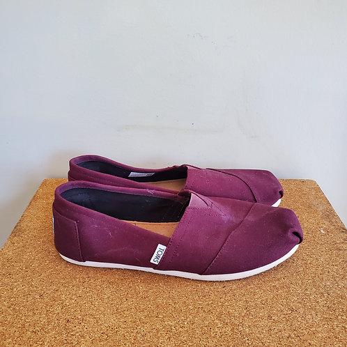Toms Burgundy Slip On Shoes - size 10