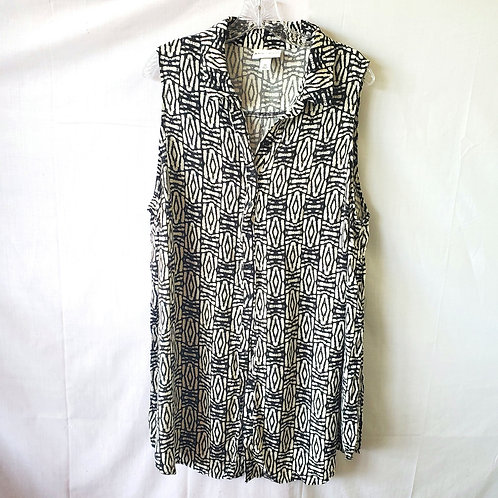 Ava & Viv Sleeveless Tunic Top with Buttons - 2X
