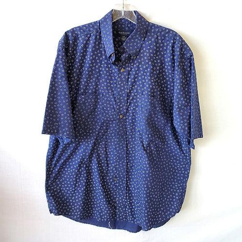 Van Heusen Short Sleeve Button Up - M