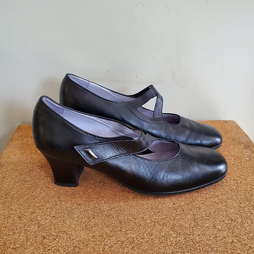 BeautiFeel Leather Mary Janes with Heel - size 39