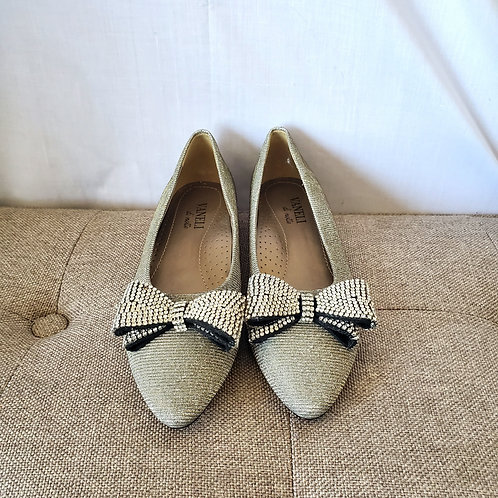 Vaneli di Notte Sparkly Flats with Rhinstone Bow - size 7.5N