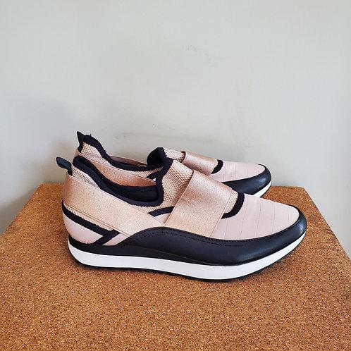 Steve Madden Metallic Slip On Sneakers - size 9