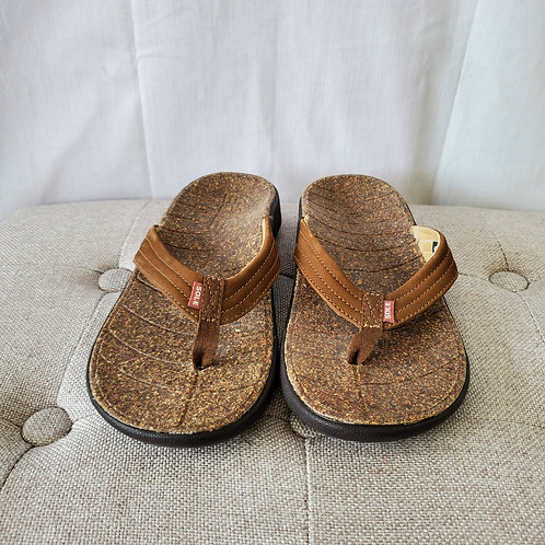 Sole Flip Flops with ReCORK Recycled Cork Footbed - size 8W