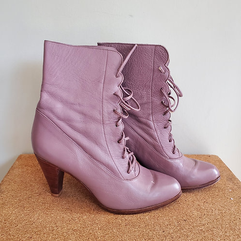 Vintage Mia Lace Up Leather Booties - size 6.5B