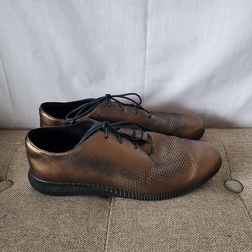Cole Haan 2.Zerøgrand Lace Up Metallic Shoes - size 9B