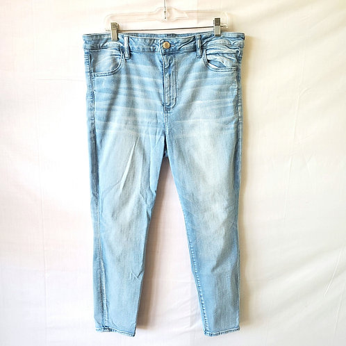 American Eagle Light Wash Skinny Jeans - size 18