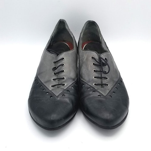 Fidji Lace Up Oxfords - size 40.5