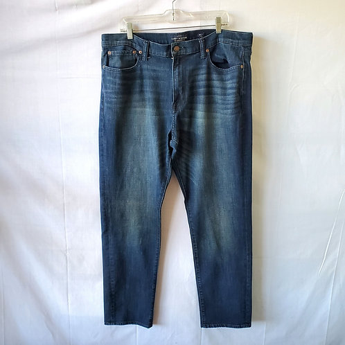 Lucky Brand 410 Athletic Slim Jeans - size 38 x 32