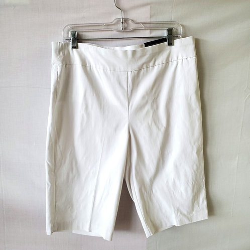 Chico's So Slimming White Bermuda Shorts - size 2/L - New
