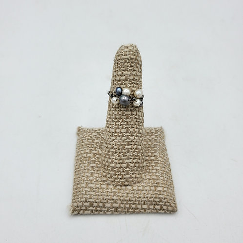 Wire & Fresh Water Pearls Ring - size 5.5