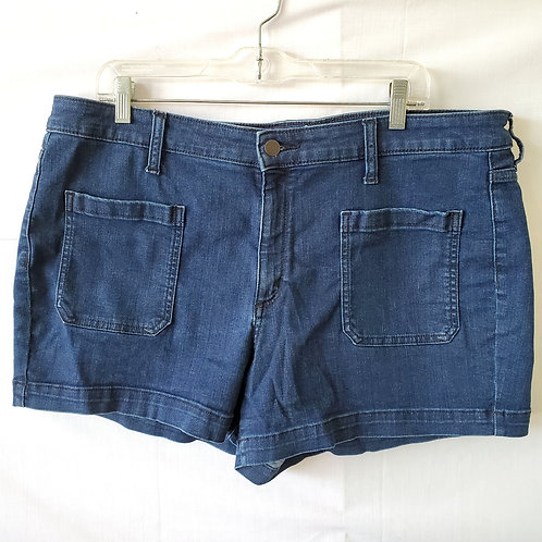 Universal Thread Denim Shorts with Patch Pocket - size 18