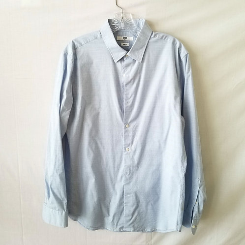 Uniqlo Pale Blue Slim Fit Button Up Shirt - M