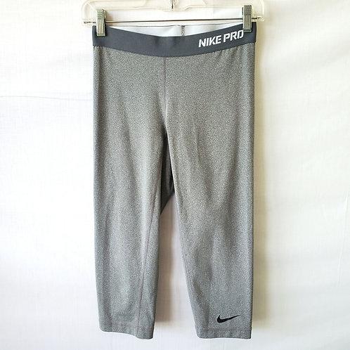 NikePro Dri-Fit Capris - S