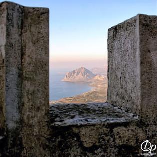 Monte Cofano visto dal Castello di Venere, Erice, Trapani
