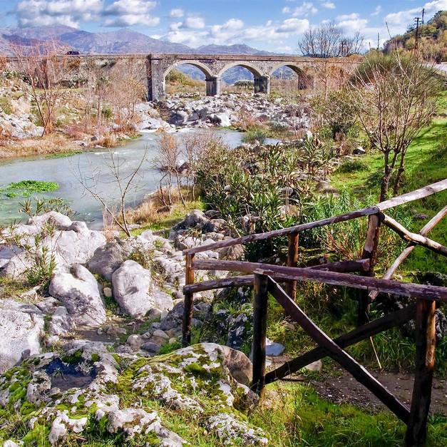 Gole dell'Alcantara, Castiglione di Sicilia