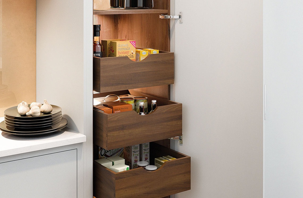 Potters Interiors - Ashley Anne spacetower