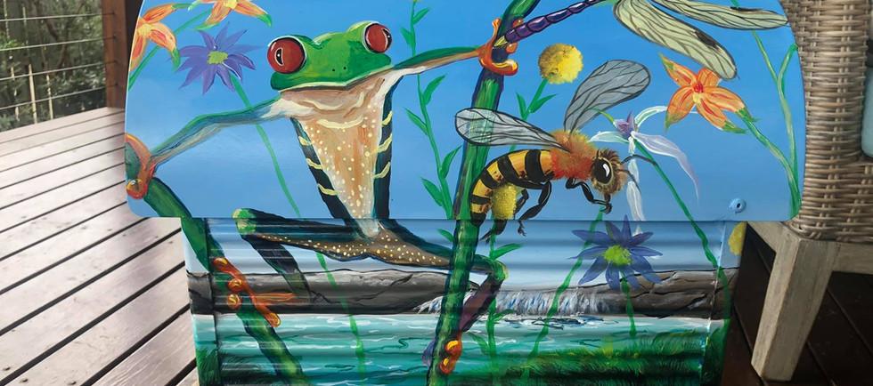 Frog Dragonfly 3.jpg