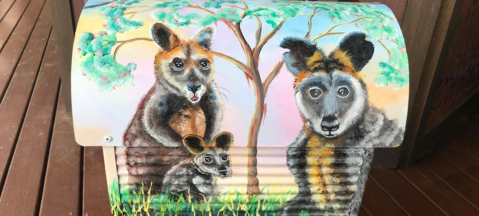Eastern grey kangaroos 3.jpg