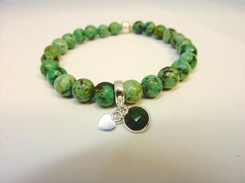 Bracelet en Turquoise africaine breloques en Jade et coeur