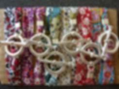 Bracelets rubans Liberty www.barangkemas.ch