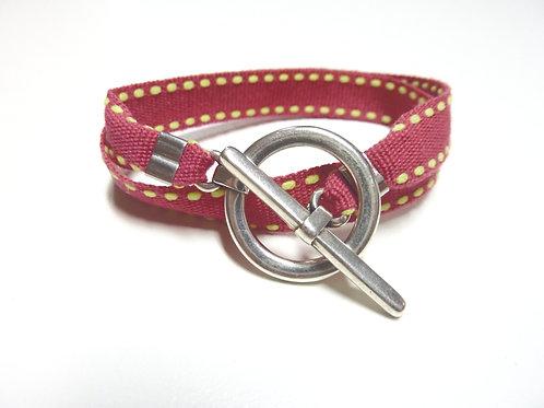 Bracelet ruban framboise surpiqûre jaune
