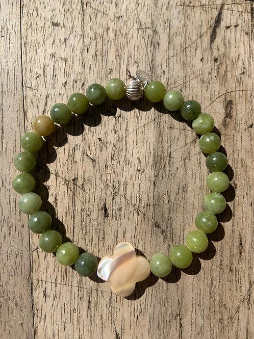 Bracelet en Jade vert trèfle en nacre