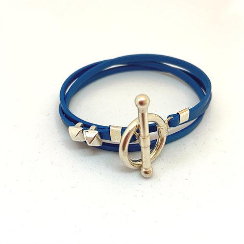 Bracelet ruban cuir bleu 2 pins