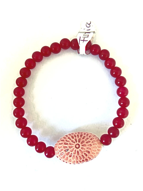 "Bracelet en Jade teintée fushia Collection Clay ""Spiral Oval"""