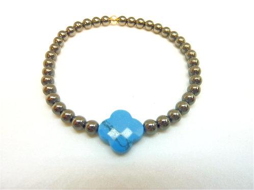 Bracelet en Hématite trèfle en turquoise