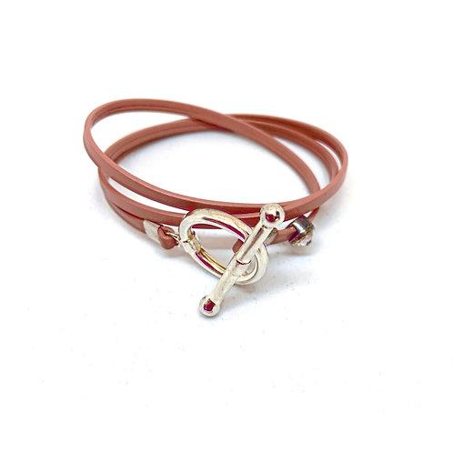 Bracelet ruban cuir nude pin Swarowski