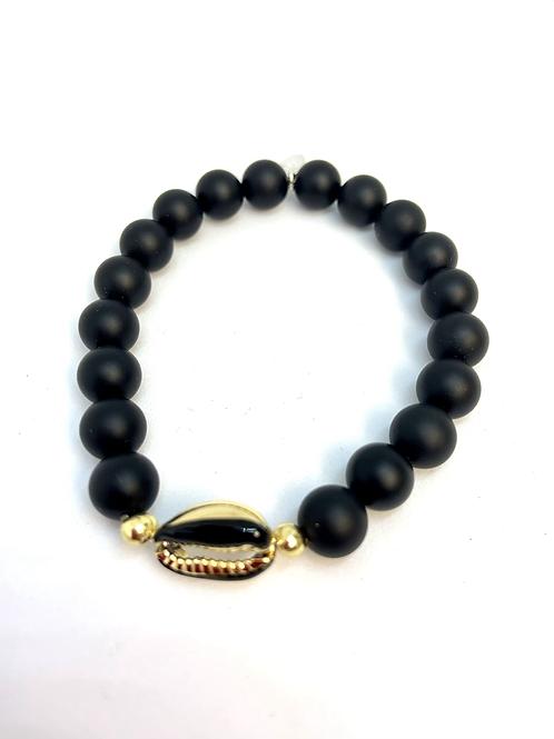 Bracelet en Agate noire matte et argentée coquillage Cauri