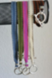 Bracelets rubans surpiqûres www.barangkemas.ch